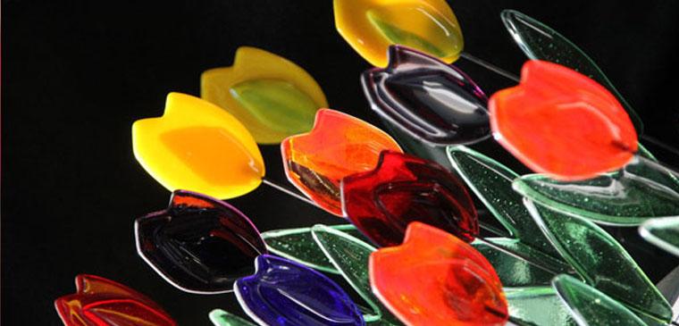 glazen tulpen glas atelier jan hooghiemstra. Black Bedroom Furniture Sets. Home Design Ideas